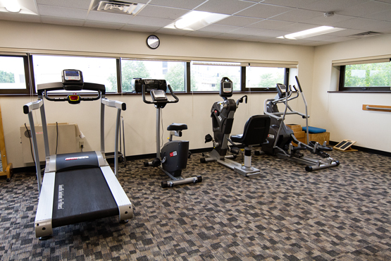 gym exercise machines